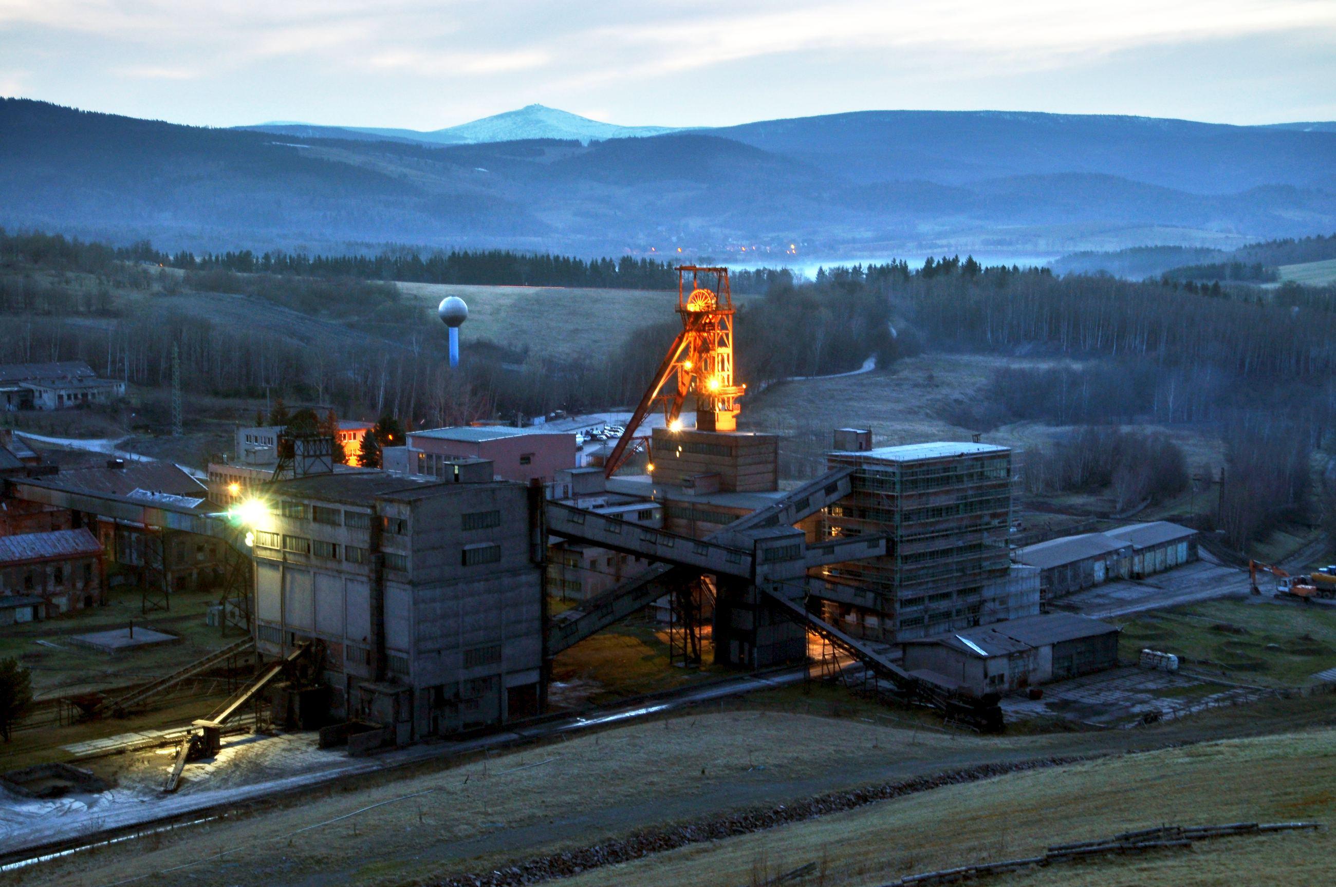 Snímek areálu Hornického skanzenu v Žacléři