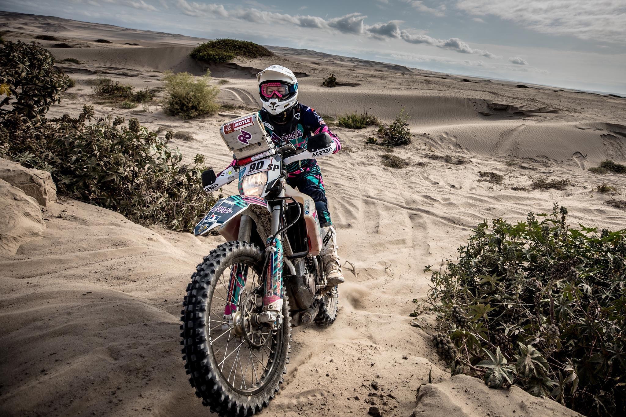 Gabriela Novotná - česká motorkářka na Dakaru