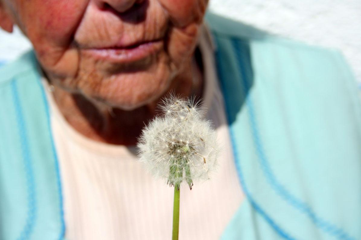 Seniorka. Ilustrační foto