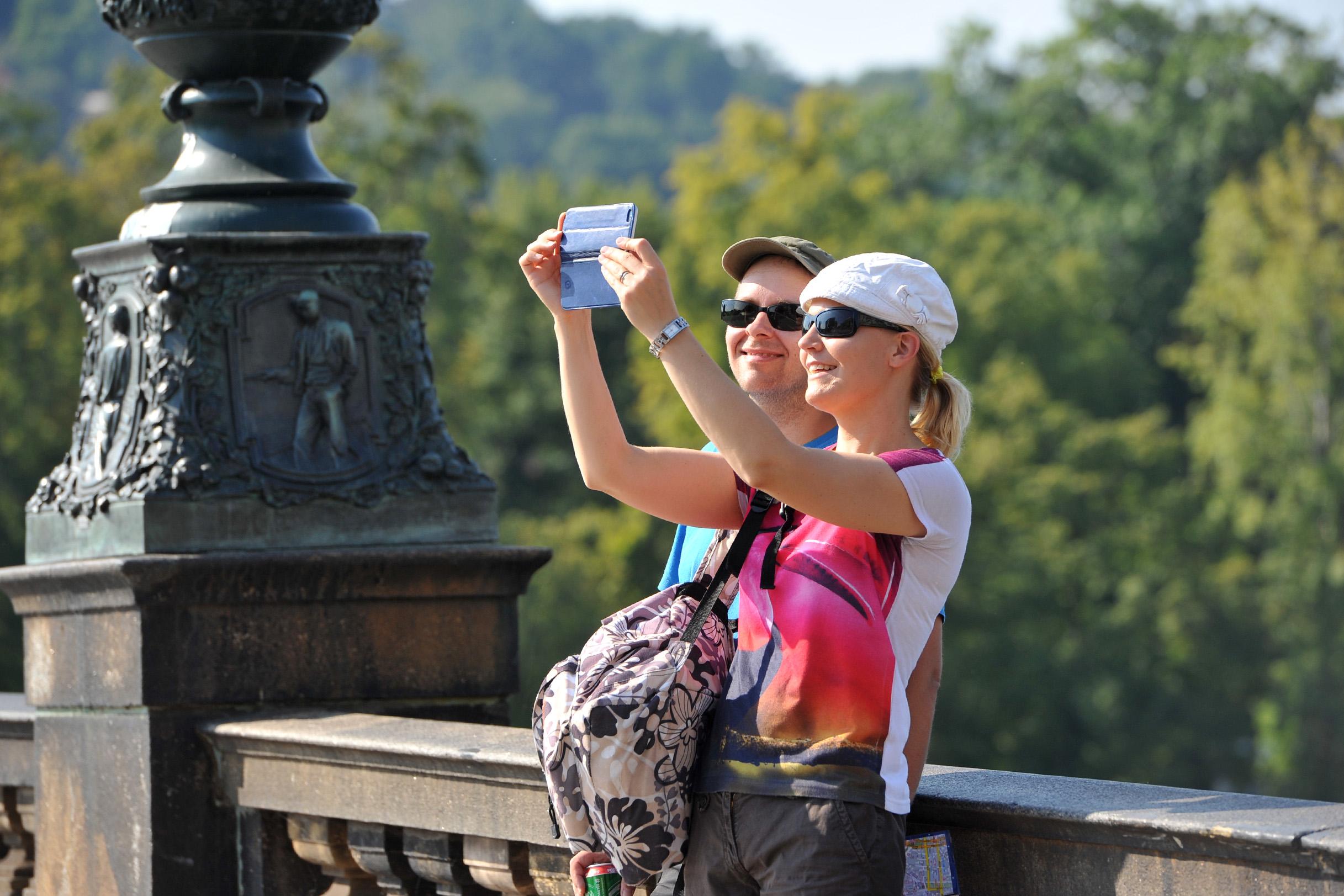turisismus, turista, mobil, focení selfie