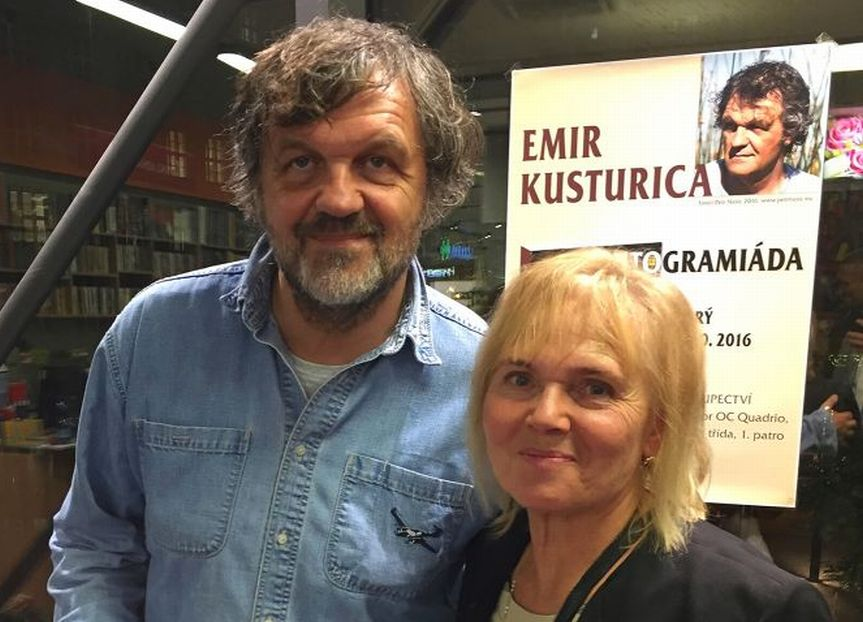 Emir Kusturica s překladatelkou Dragou Zlatníkovou