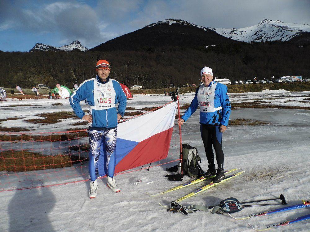 Rudolf Špicar a Vladimír Matějka z Vrchlabí lyžovali v Argentině