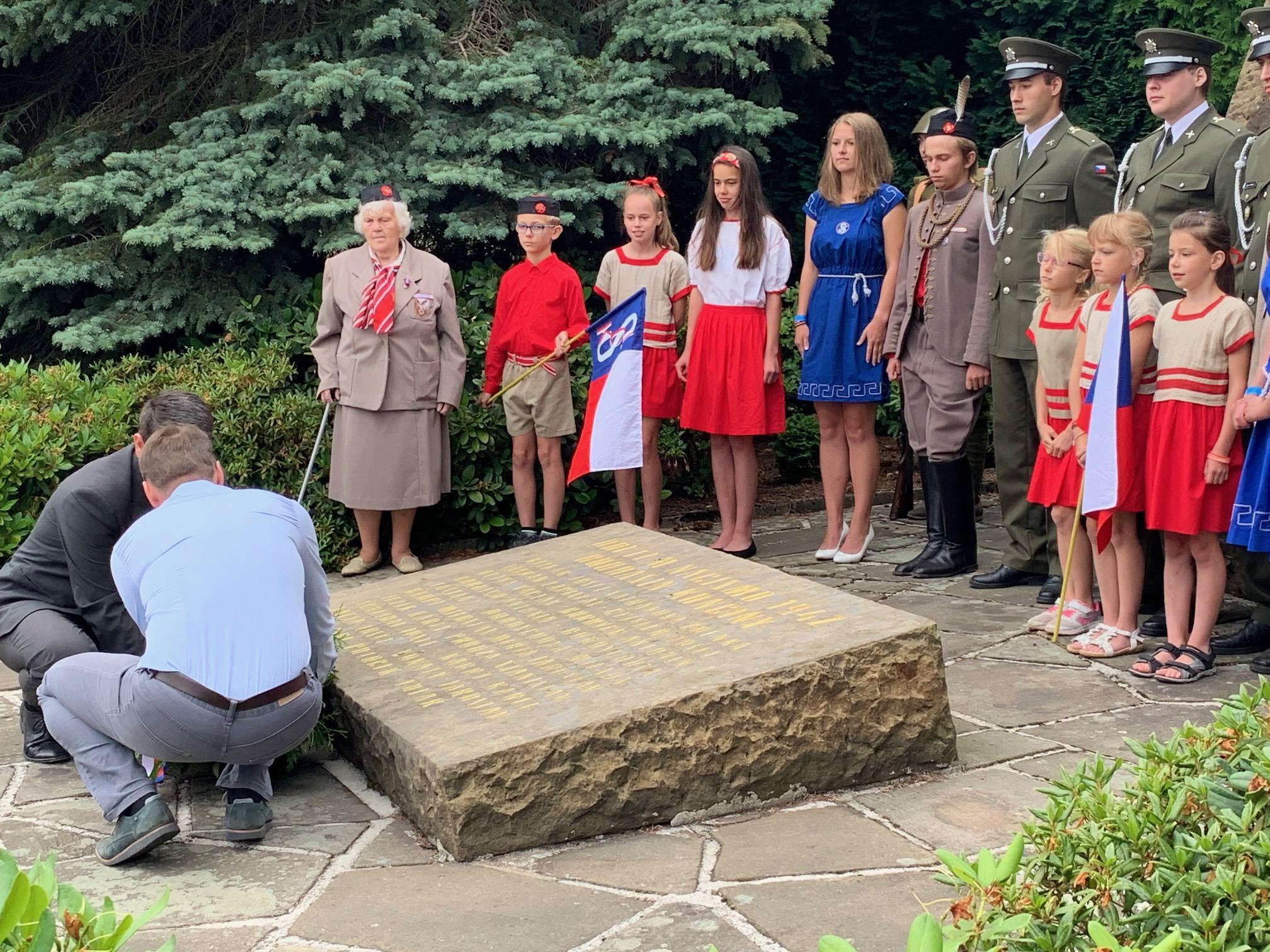 U Červeného Kostelce na Náchodsku se vzpomínalo na některé z obětí nacistického režimu