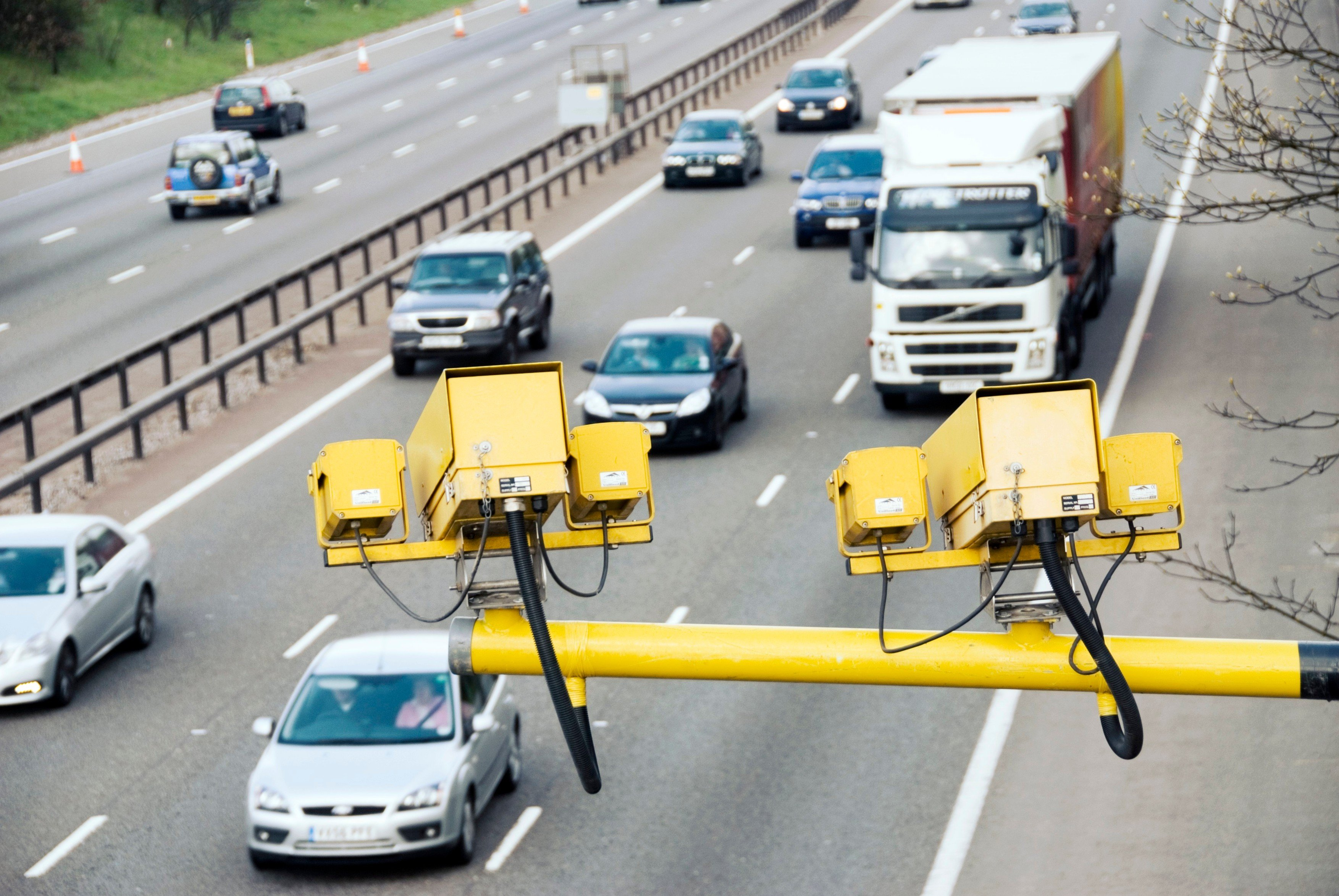 Měření rychlosti na dálnici