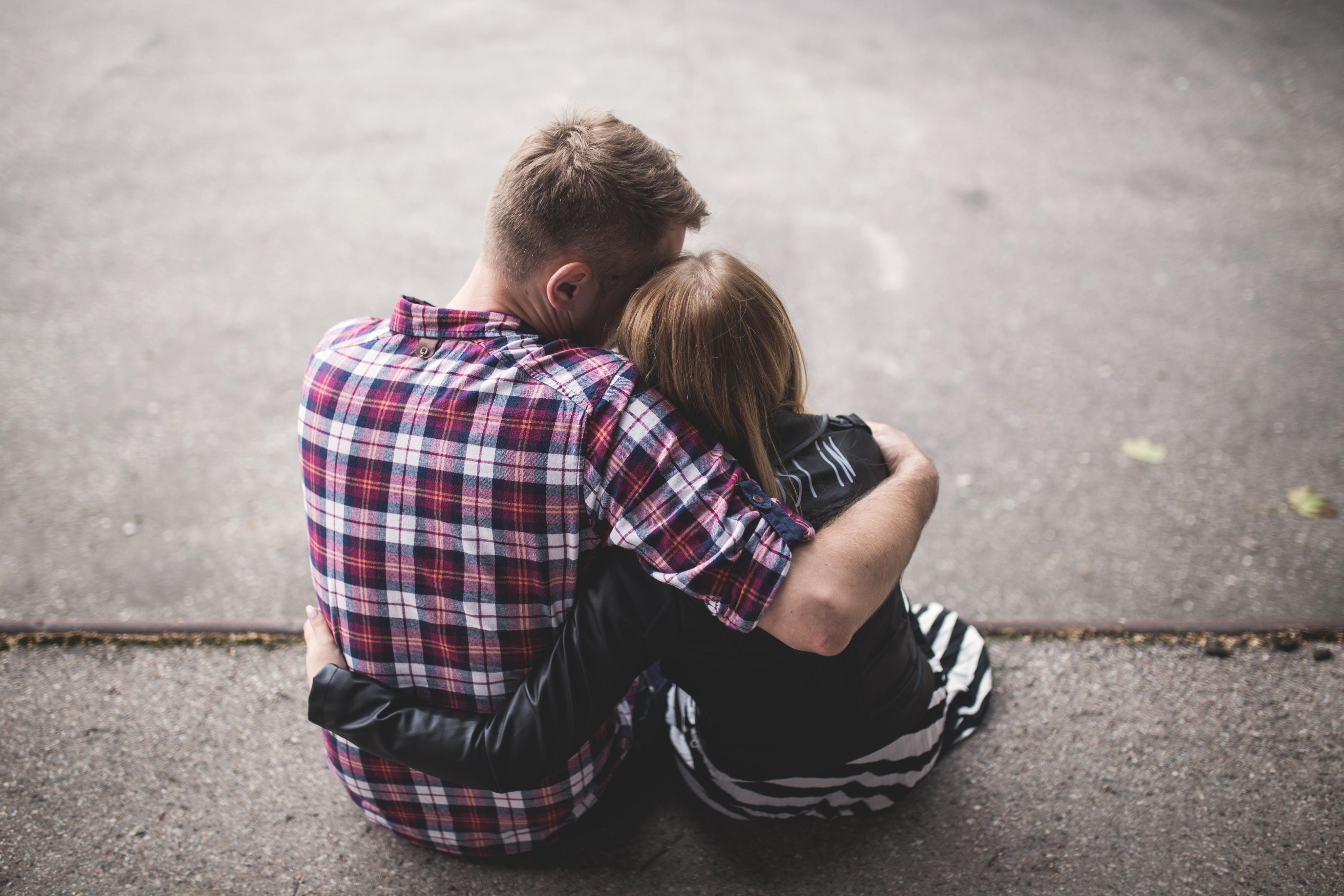 pár - vztah - milenci