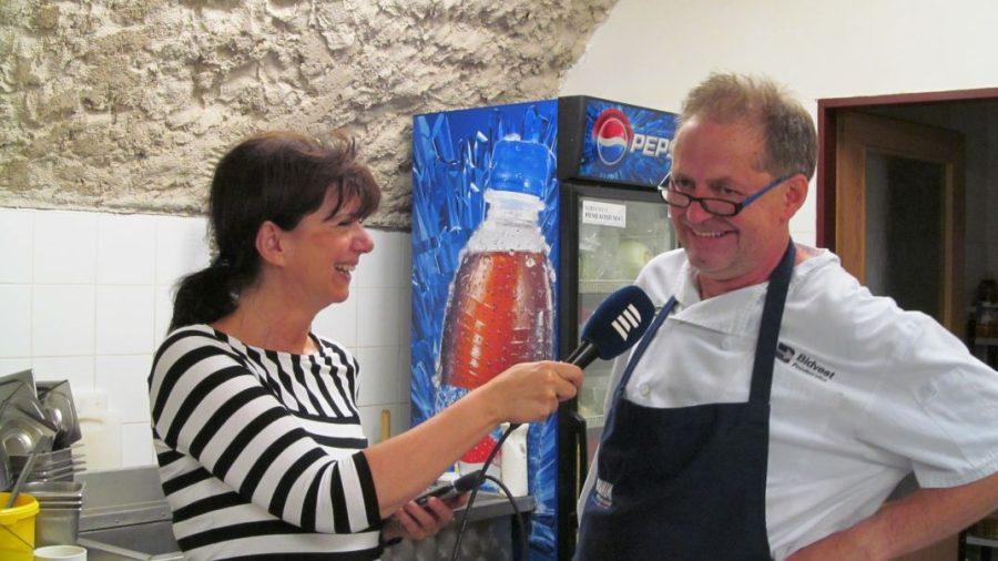 Habaděj vařil v Trutnově se Zdenou Kabourkovou