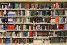 I knihy vracející se teď do knihovny musí projít karanténou (ilustrační foto)