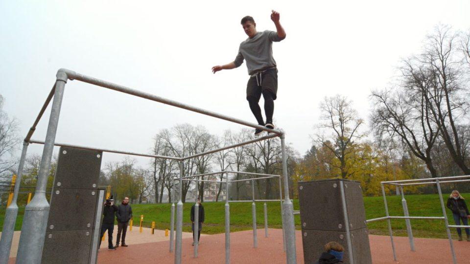 První parkurové a workoutové hřiště v Hradci Králové