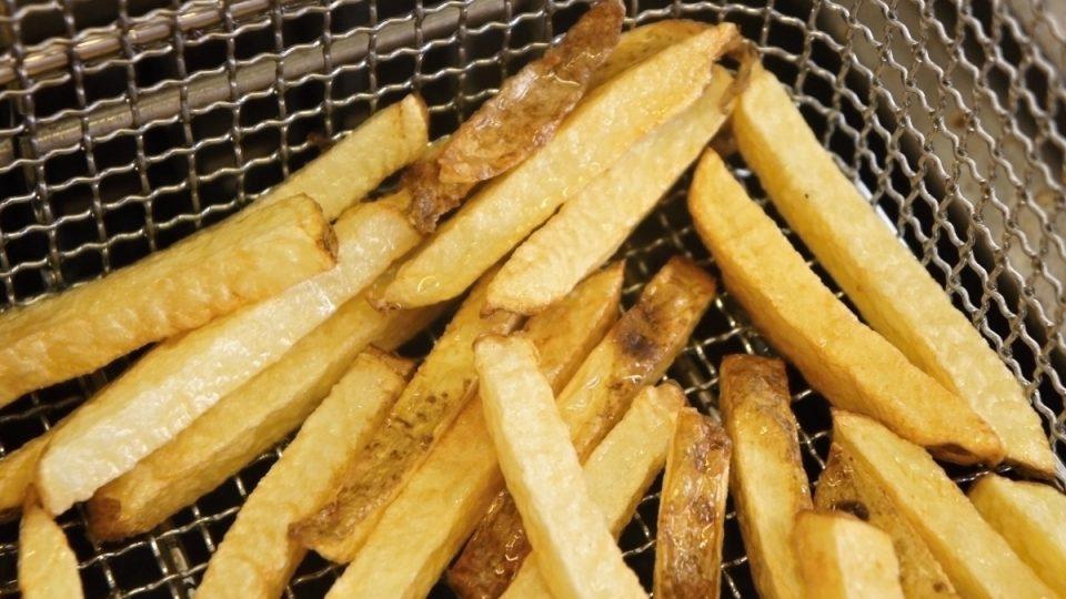 Domácí hranolky - ve fritéze