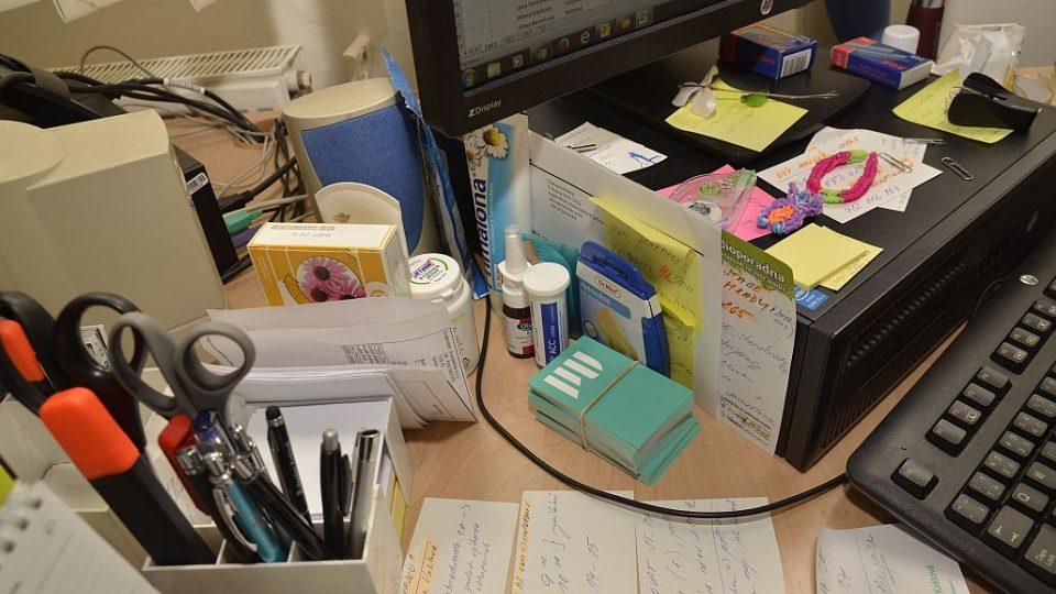 Co o nás prozradí pracovní stůl?