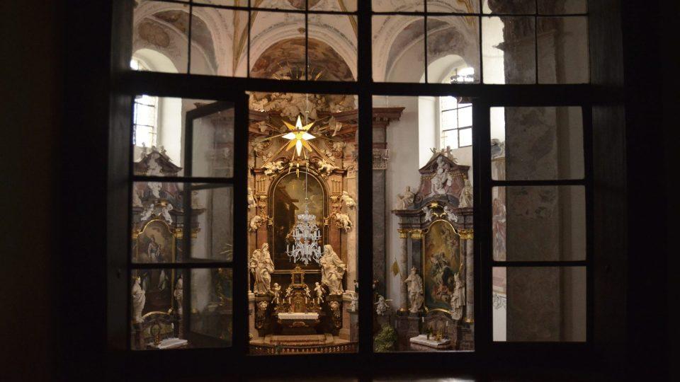 Oratoř, v níž sedávala Marie Terezie Violanta Šternberková