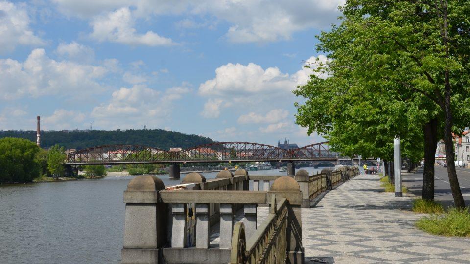Ve Vltavě bývaly mřenek mraky, lovily se sítem či cedníkem