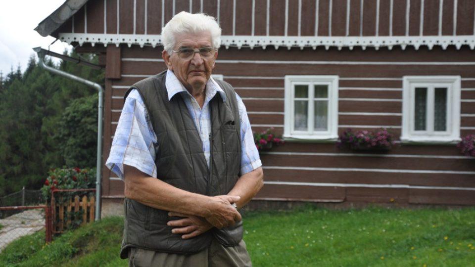 Helmut Hofer se v patnácti letech živil vynášením zboží na Sněžku