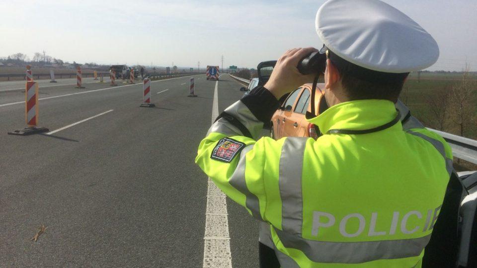 Policisté v Královéhradeckém kraji se zaměřili na to, jak zodpovědně se lidé v autech poutají.