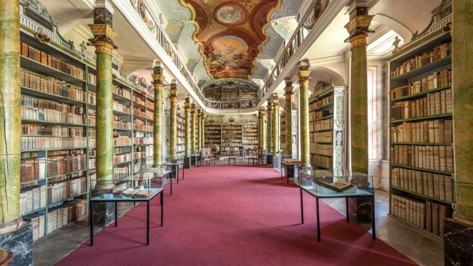 Klášter Broumov - historická knihovna