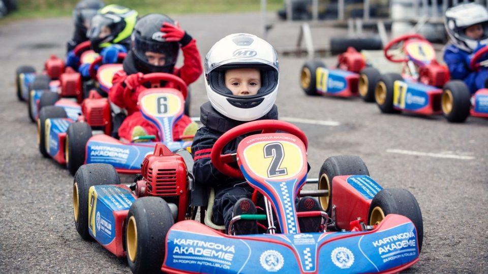 Kartingová akademie vychovává závodníky