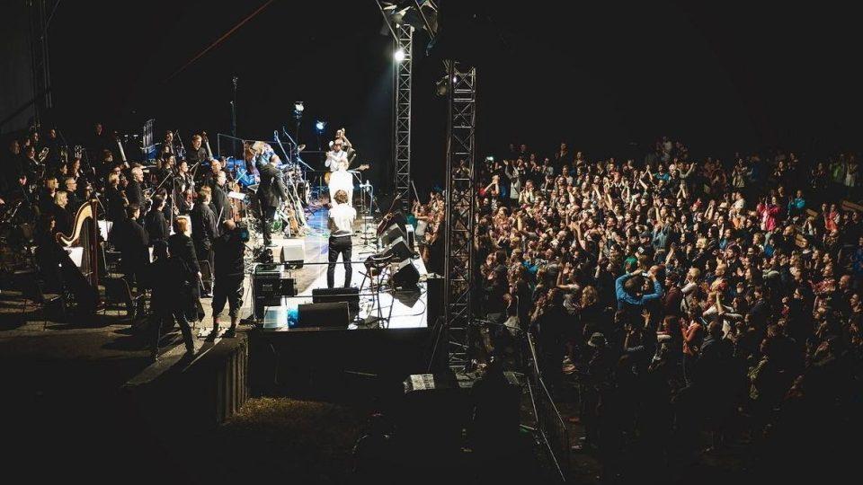 World music festival Na jednom břehu v Hradci Králové