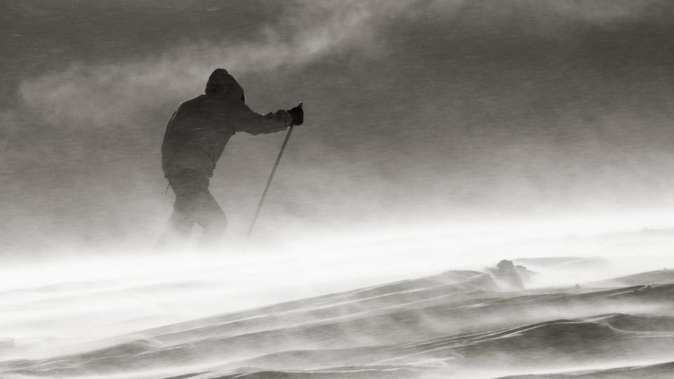 Přechod norské zimní Hardangerviddy ke 120. výročí prvního přechodu Roaldem Amundsenem a jeho bratrem