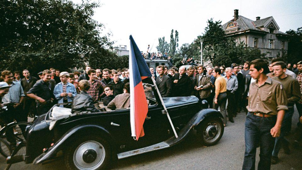 Srpen 1968 v Hradci Králové - Vrchlického ulice