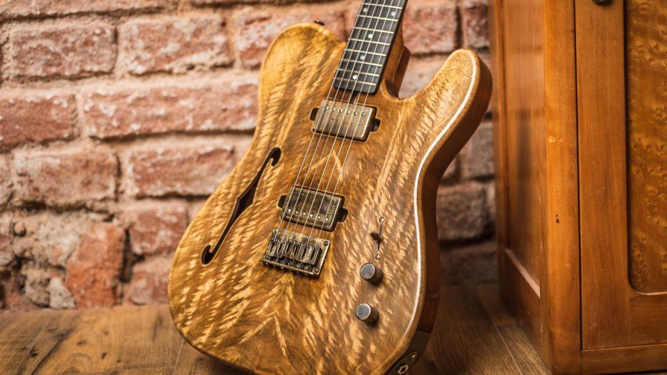 Kvalitní ruční práce při výrobě kytar