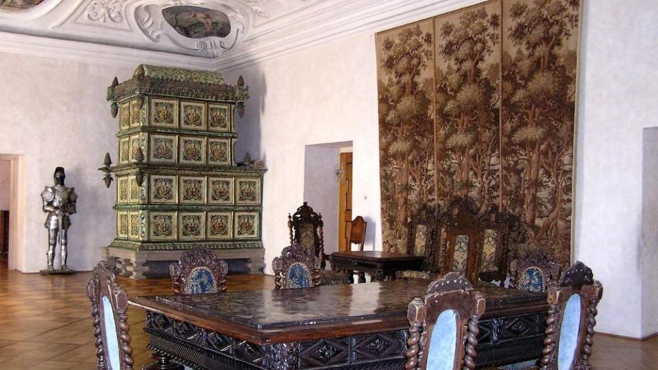 Zámek Doudleby nad Orlicí ukrývá  sedm ojedinělostí, které nejsou nikde na světě
