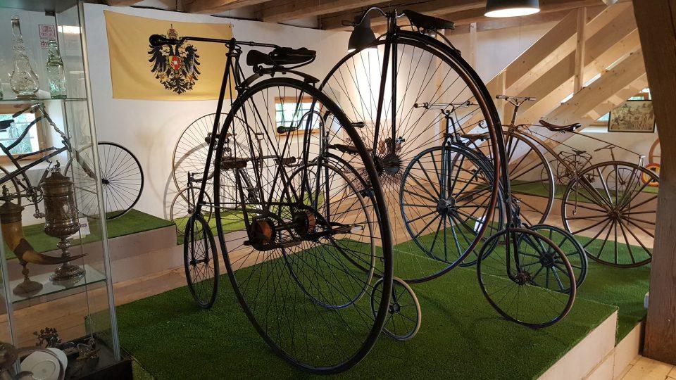 Z expozice historie cyklistiky v Žirči u Dvora Králové nad Labem
