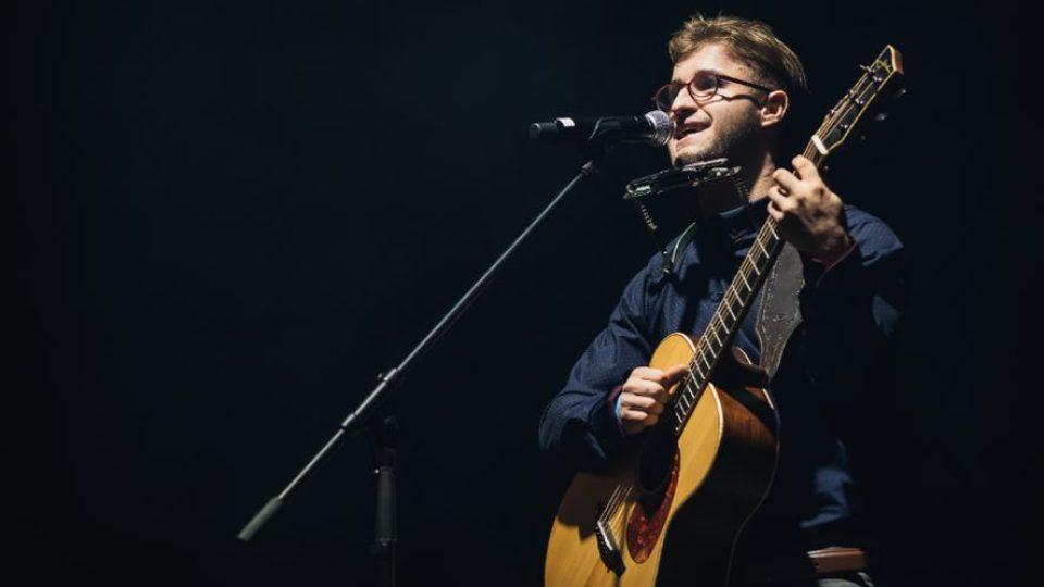Šoumen, muzikant, zpěvák a písničkář Michal Horák