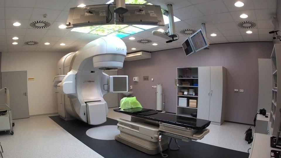 Investice do přístrojového vybavení Fakultní nemocnice Hradec Králové