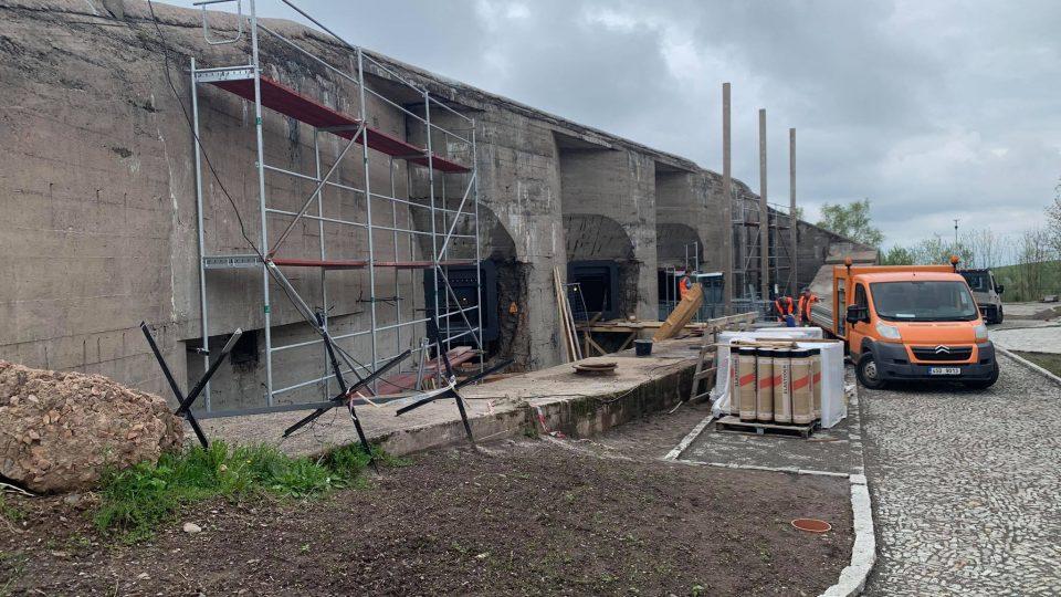 Na vojenské pevnosti Dobrošov na Náchodsku pokračuje rozsáhlá obnova
