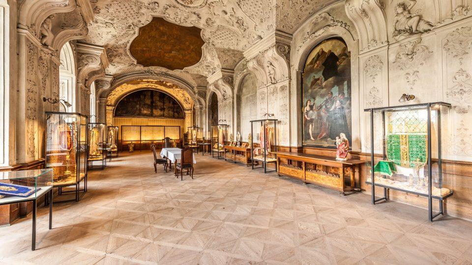 Klášter Broumov - refektář s kopií Turínského plátna