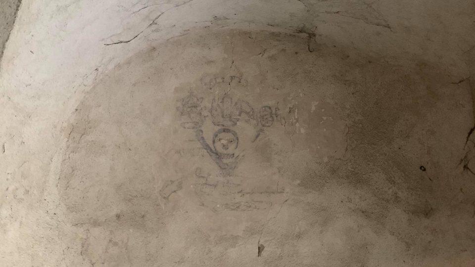 Na zámku v Doudlebách nad Orlicí se snaží rozluštit kresbu z 16. století