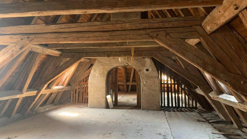 Kapucínský klášter v centru Opočna by se měl opět otevřít veřejnosti