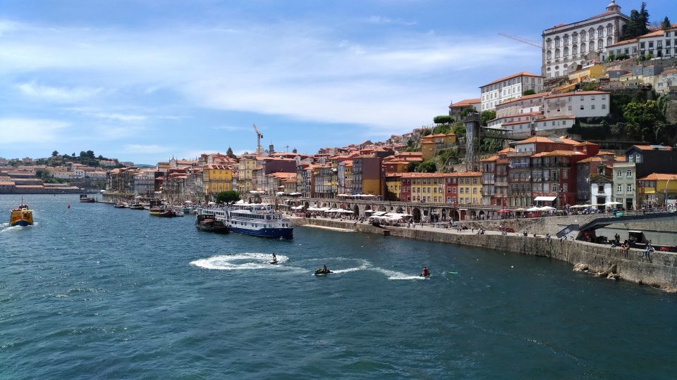 Portugalsko je pro turistu skvělé v tom, že tam není turistický ruch tolik rozvinutý. A tím pádem je víc autentické