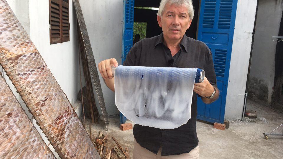 Jak Petr Voldán vyráběl rýžový papír