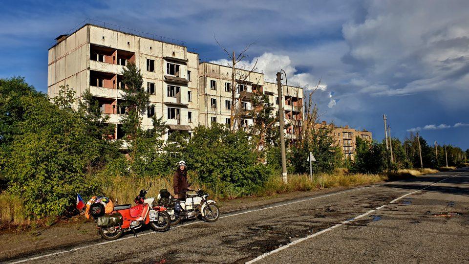 Motorky v zakázané zóně Černobylu