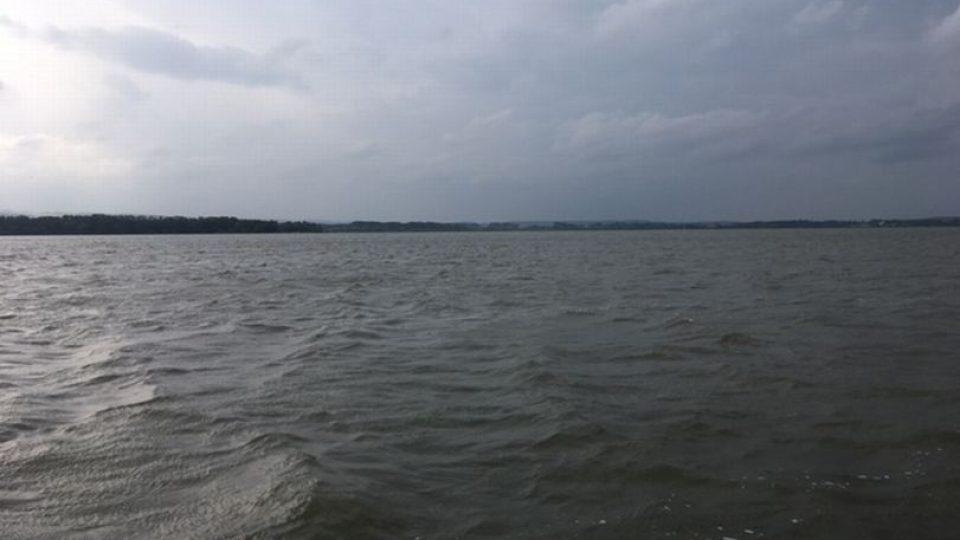 Vodní nádrž Rozkoš u České Skalice bude o prázdninách nepřetržitě hlídaná záchranáři