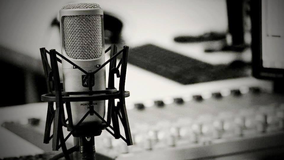 Rozhlasový mikrofon je obnažující, je to pro herce jakýsi druh striptýzu