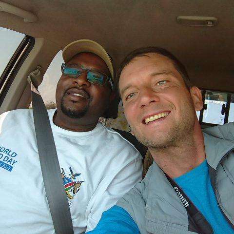 Ale bylo to dobrý! Tomáš stopoval africkým kontinentem z jihu na sever. A s malárií skončil v marocké nemocnici