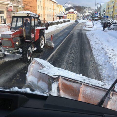 Likvidace sněhové kalamity v Novém Boru