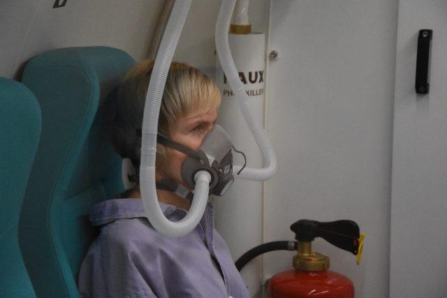 Rehabilitační ústav Hostinné má novou hyperbarickou komoru
