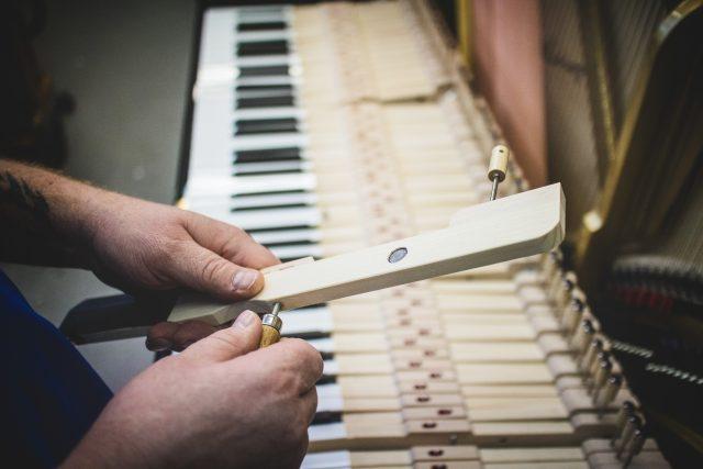 Výroba klavírů Petrof