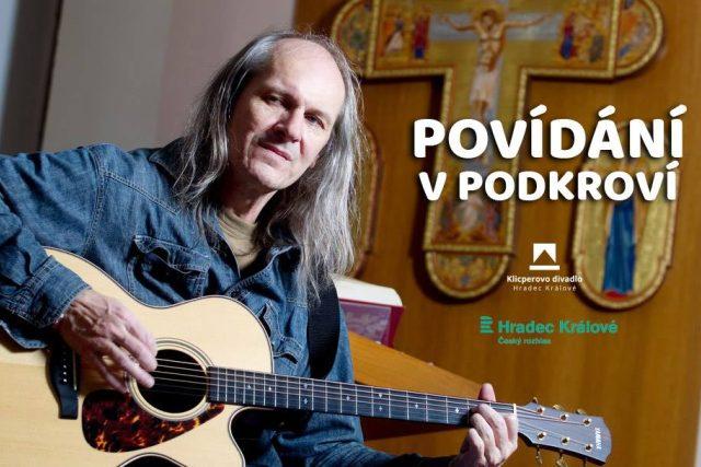 Zpěvák i spisovatel Ladislav Heryán hostem v cyklu Divadlo V podkroví   foto: Klicperovo divadlo Hradec Králové