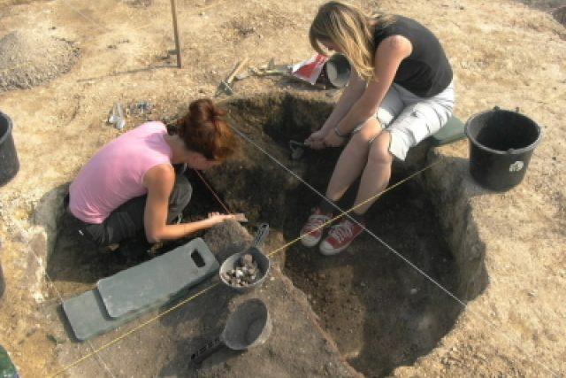 Archeologický výzkum | foto: Frederik Velinský