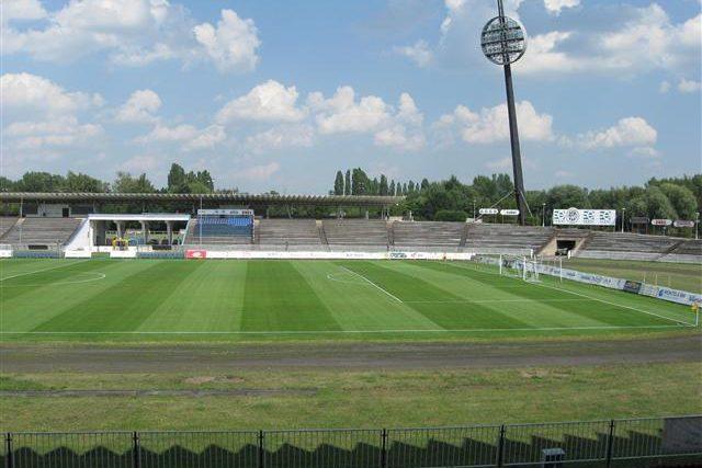 Všesportovní stadion v Hradci Králové
