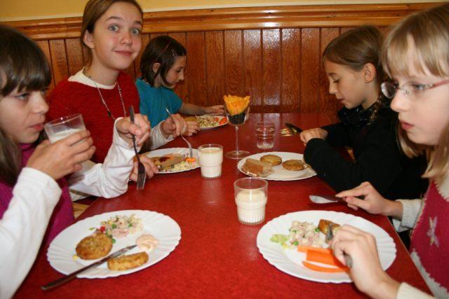 Školní jídelna (ilustrační foto)