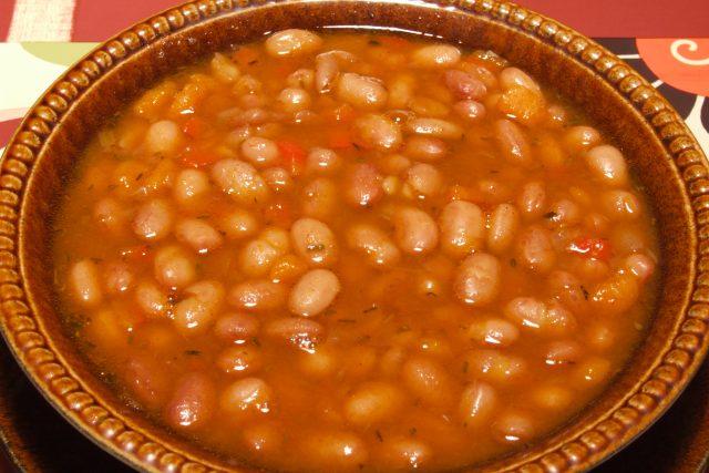 Fazolová polévka (ilustr. obr.)