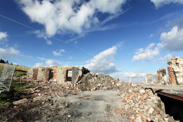 Vyhořelá Petrova bouda | foto: Standa Soukup