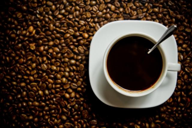 Šálek kávy   foto: Free Digital Photos