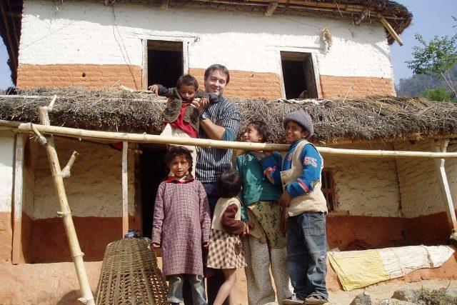Nepál - děti z chudých rodin | foto: Rastislav Maďar
