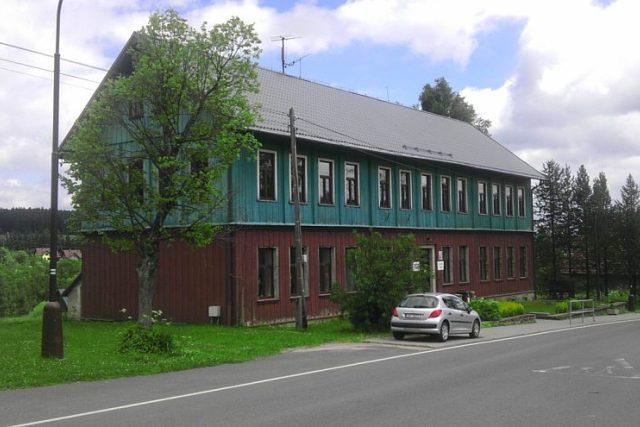 Škola v Orlickém Záhoří v Orlických horách | foto: Jiří Fremuth,  Český rozhlas